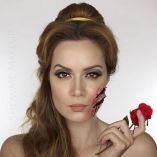 this-spooky-halloween-makeup-shows-the-disney-princesses-meeting-grisly-ends-shonagh-scot-680785
